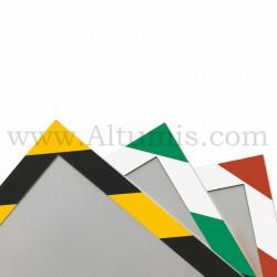 Cadre d'affichage magnétique security de la marque Magnetis®. Disponible en 3 couleurs. Conforme à la norme ISO-3864-4