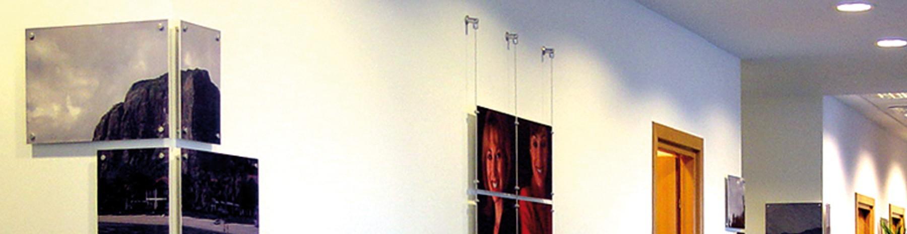 Support panneau sur câble tendu simple ou double face