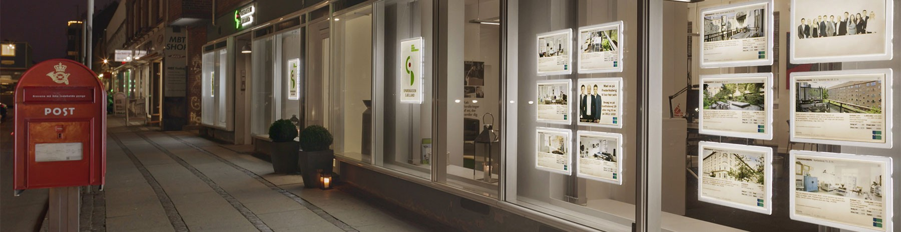 Our led Window Displays allow you to gain visibility and saving money